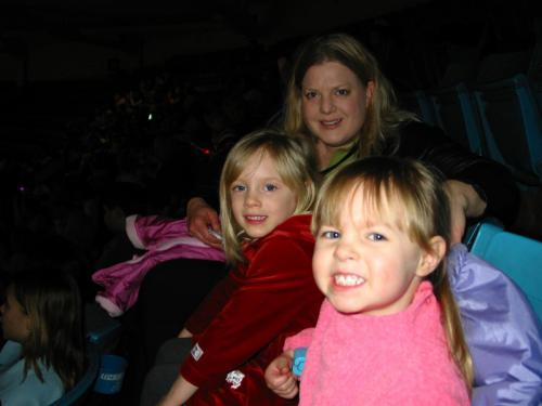 Girls with Great Aunt Becky Konvalin at the Circus